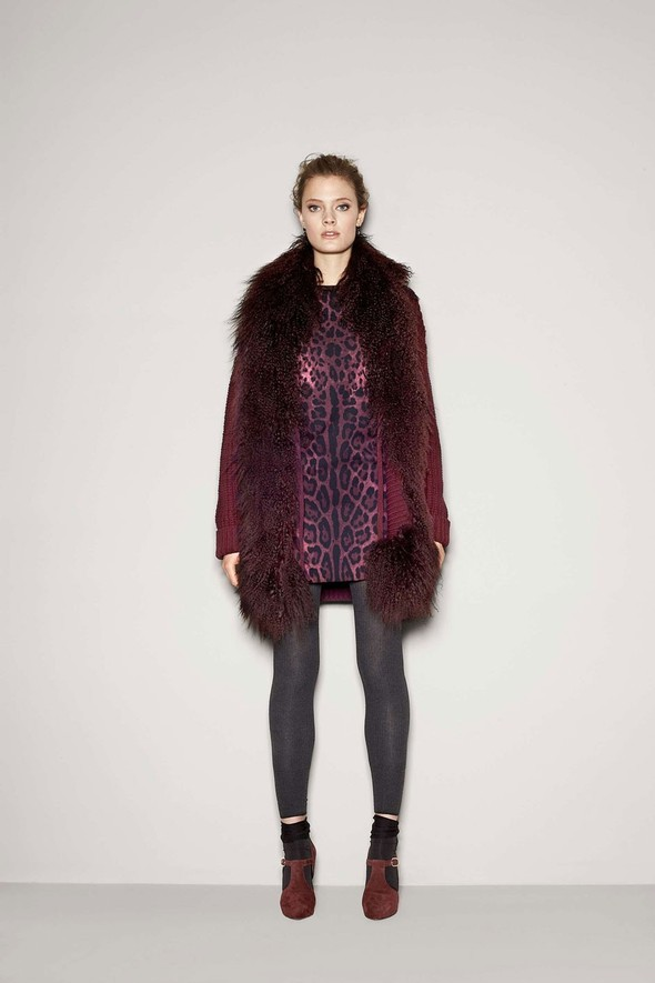 Лукбук: Dolce & Gabbana FW 2011 Women's. Изображение № 34.