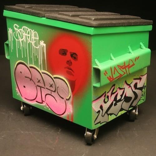 Настольные граффити-контейнеры для цветов и всякой всячины. Изображение № 6.