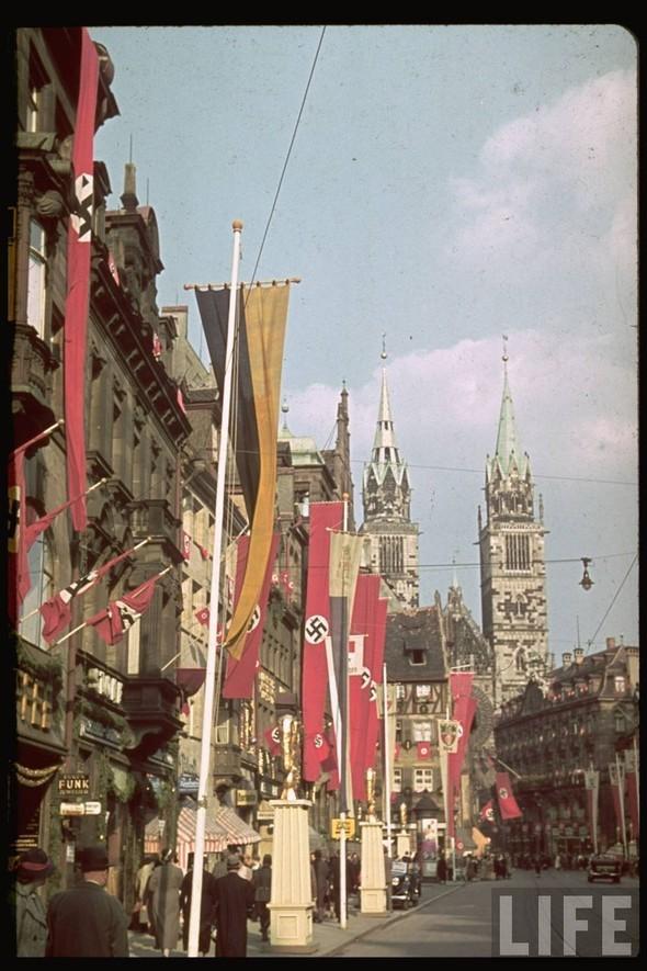 100 цветных фотографий третьего рейха. Изображение №5.