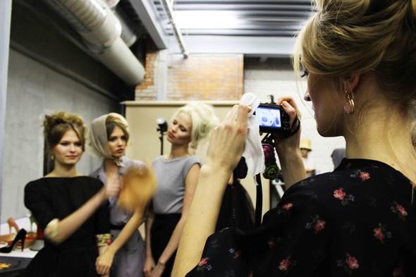 Ulyana Sergeenko SS 2012. Backstage. Изображение № 6.