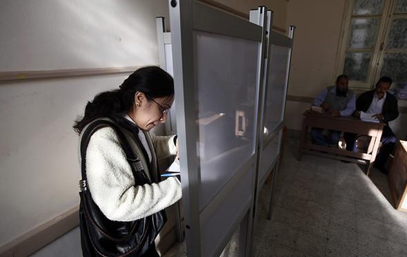 100 лет выборов в документальных фотографиях. Изображение № 216.
