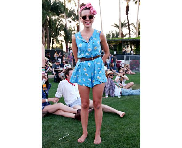Стрит-стайл на фестивале Coachella. Изображение № 31.