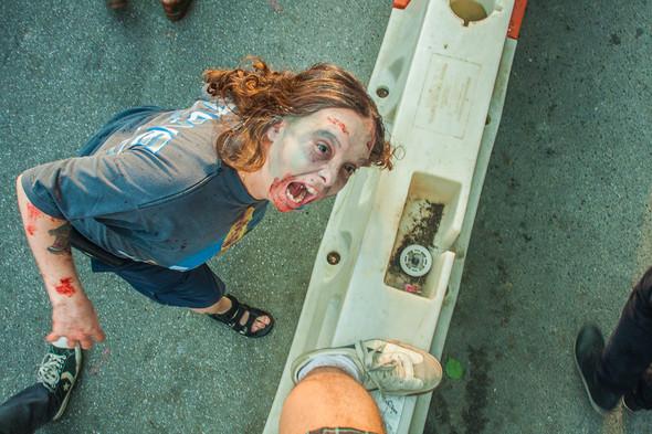 Зомби парад в Нью Йорке. NYC Zombie Crawl.. Изображение № 26.