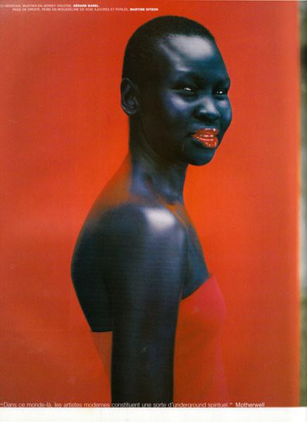 Съёмка из французского Vogue, декабрь 1998. Изображение № 18.