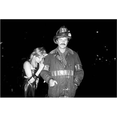Клубная мания: 10 фотоальбомов о безумной ночной жизни . Изображение №35.