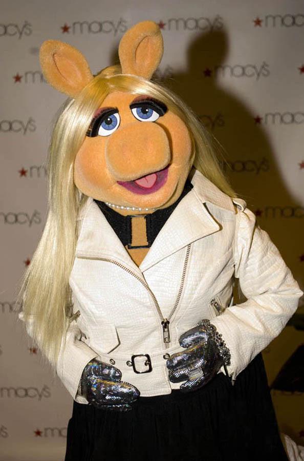 Мисс Пигги - Самая модная свинка мира.. Изображение № 4.