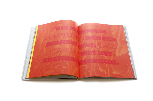 Бумажные мячи и книга, дающая огонь. Изображение № 7.