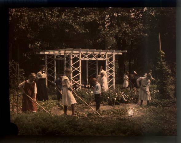 Автохром Люмьер – цветные фотографии начала XX века. Изображение № 17.