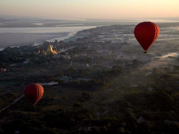 Balloon Flight, Bagan. Изображение № 18.