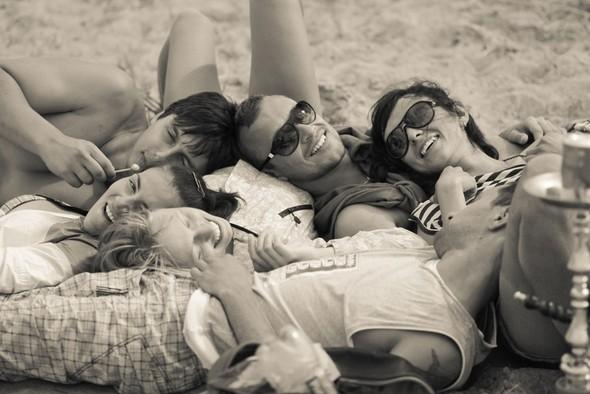 День рождения на пляже! Зонтам год!) . Изображение № 10.