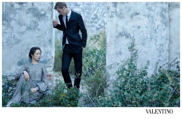 Кампания: Valentino SS 2012. Изображение № 8.
