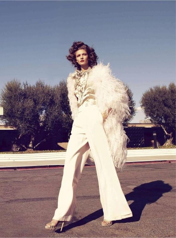 Съёмка: Марло Хорст и Кендра Спирс для австралийского Vogue. Изображение № 6.