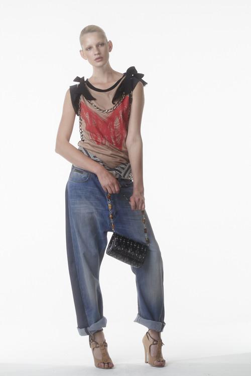 Коллекция Vivienne Westwood Anglomania S/S2012. Изображение № 19.