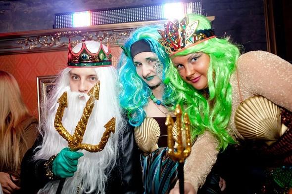 Helloween в клубе Circus. Изображение № 4.