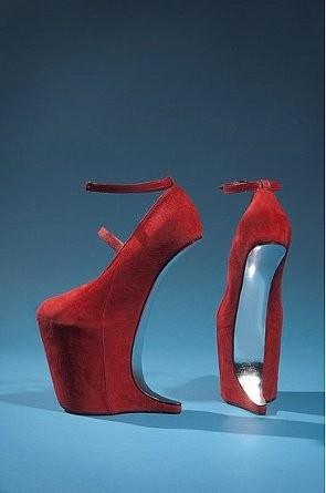 В Нью-Йорке пройдет выставка вещей Дафны Гиннесс. Изображение № 2.