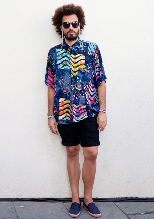Пестрые рубашки и темные очки: Посетители фестиваля Sonar 2012. Изображение № 14.