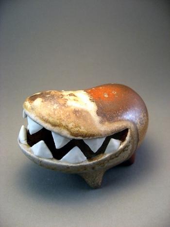 EvaFunderburgh забавные керамические монстры. Изображение № 11.