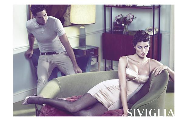 Кампания: Изабели Фонтана для Siviglia. Изображение № 3.