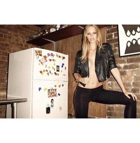 Изображение 30. Рекламные кампании: Yves Saint Laurent, Chanel и другие.. Изображение № 8.