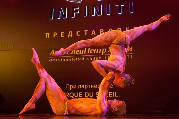 Cirque du Soleil на открытии дилерского центра INFINITI. Изображение № 14.