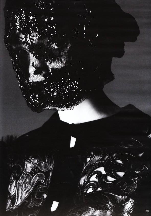 Съёмка: Карола Ремер для Vogue. Изображение № 16.
