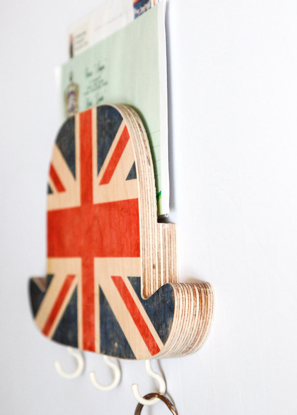 Стильные настенные вешалки от дизайн-ателье Article. Изображение № 5.