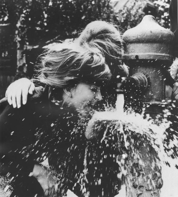 Советская фотография. Н. Свиридова и Д. Воздвиженский. Изображение № 13.