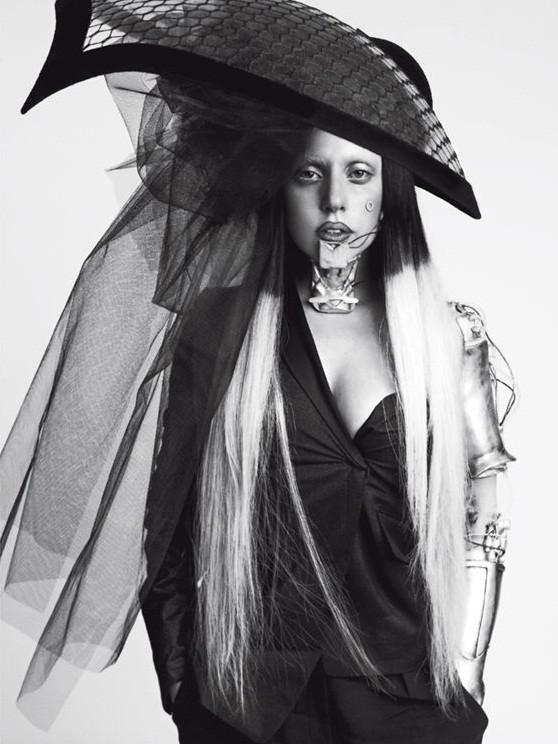 Съёмка: Леди Гага для Vogue. Изображение № 2.