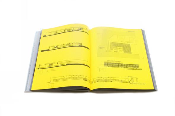 Бумажные мячи и книга, дающая огонь. Изображение № 8.