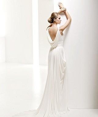 """""""Выбираем свадебное платье!"""" 93 идеи ведущих дизайнеров. Изображение № 74."""