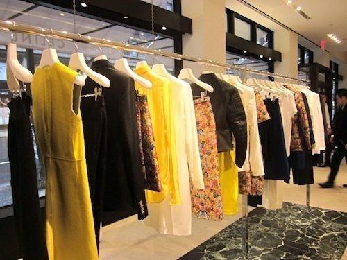 Новые магазины: Louis Vuitton в Риме, Chanel в Москве и Celine в Нью-Йорке. Изображение № 35.