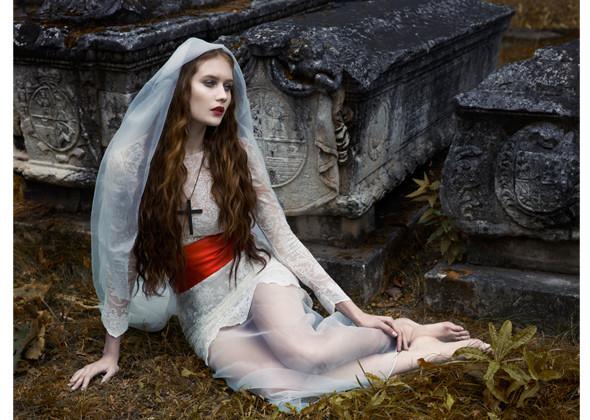 Работы Оксаны и ее команды – фотограф Лев Ефимов, визажист Эрнест Мунтаниоль (Сhanel). Изображение № 8.