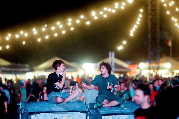 Дневник с фестиваля Sziget: DIY-рай, бар Чака Норриса и танцы под The XX. Изображение № 19.