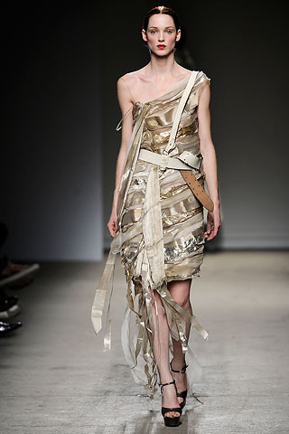 Thimister Haute Couture FW 2010. Изображение № 38.
