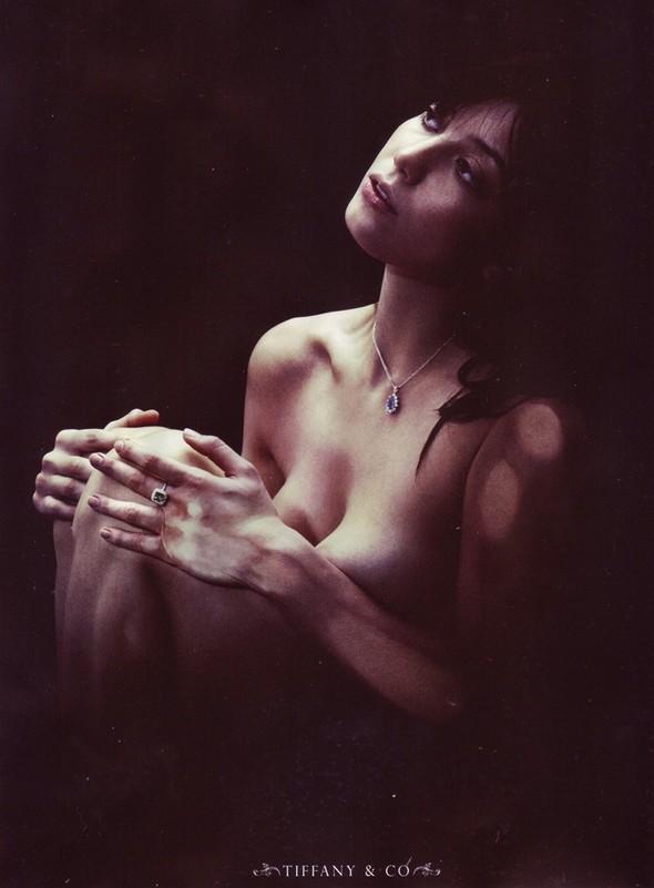 Съёмка: Дейзи Лоу для Love. Изображение № 5.