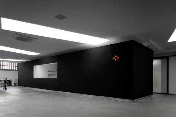 Офис испанской интернет-компании Dinahosting. Изображение № 6.