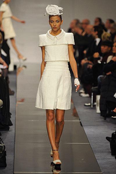 Chanel Spring 2009 Haute Couture. Изображение № 26.
