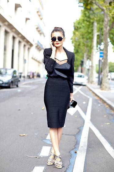 Уличный стиль на Неделе высокой моды в Париже. Изображение № 73.