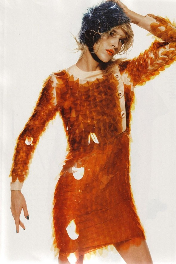 Съёмка: Аня Рубик для британского Vogue. Изображение № 3.