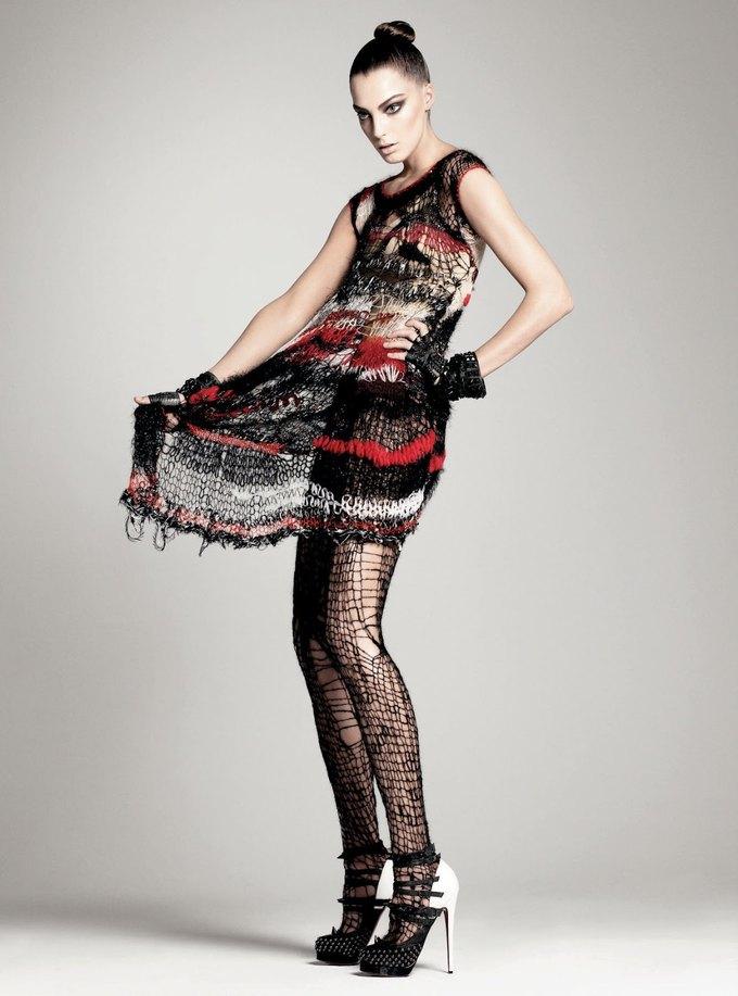 Вдова менеджера Sex Pistols раскритиковала выставку панк-моды. Изображение № 5.