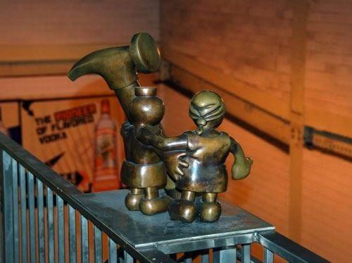 Скульптуры вНью-Йоркском метро. Изображение № 16.