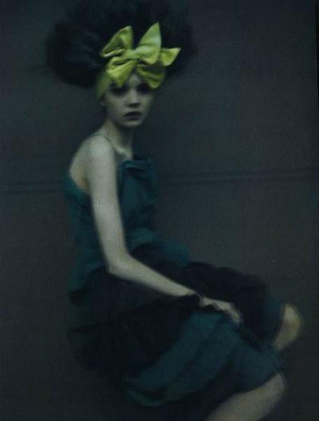 Сара Мун, фотограф: «Мода всегда будет продавать мечты — приземленные и возвышенные». Изображение №55.