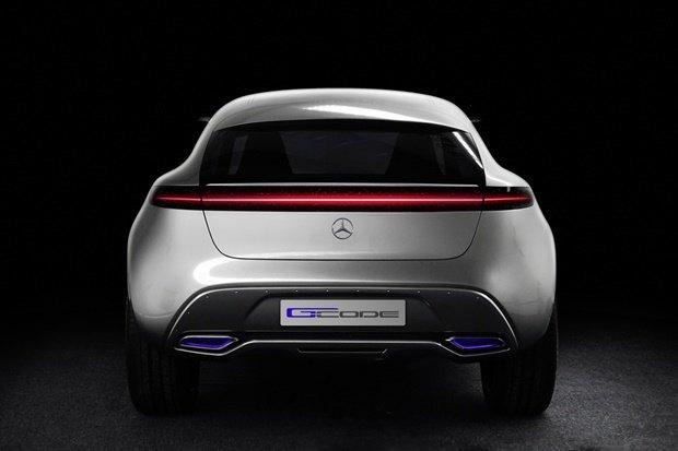 Mercedes-Benz показала концепт-кар на солнечных батареях . Изображение № 4.