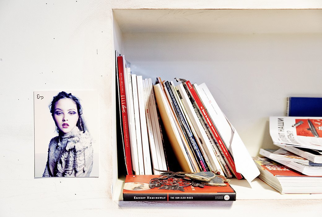 Портрет лошади, алфавит  и золотое пианино  в агентстве Instinct. Изображение № 11.