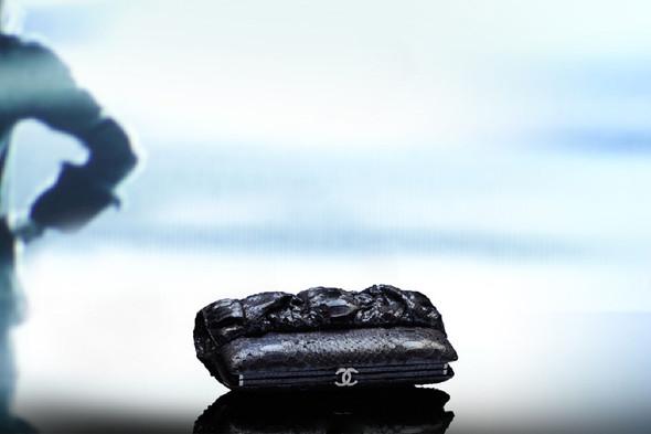 Лукбук: Chanel FW 2011 Bags. Изображение № 2.