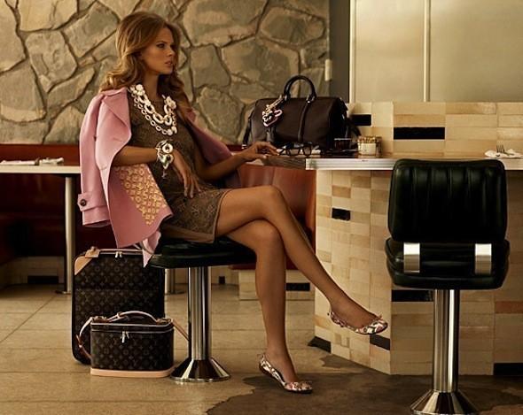 Лукбуки: Chloë Sevigny for Opening Ceremony, Louis Vuitton и Lou. Изображение № 32.