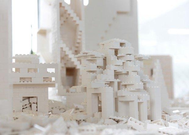 10 архитектурных бюро собрали модели зданий из белого LEGO. Изображение № 17.