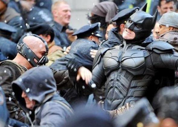 Интервью: Команда «Темного рыцаря» о клаустрофобии, мировом кризисе и умных драках . Изображение № 10.