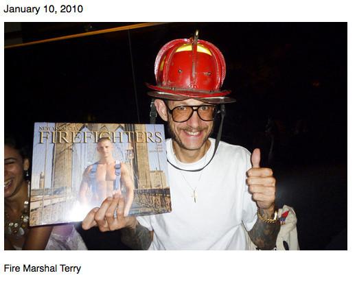 Терри Ричардсон ведет свой блог. Изображение № 40.