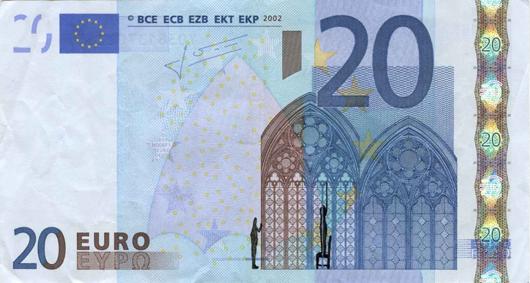Художник в знак протеста изрисовал банкноты на 3555 евро. Изображение № 23.